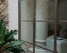 Hệ cửa trượt Anti-jump bề mặt kính bao bọc xung quanh không gian nhà vườn