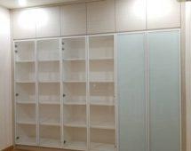 Hệ khung 250H sơn tĩnh điện màu trắng Bề mặt kính